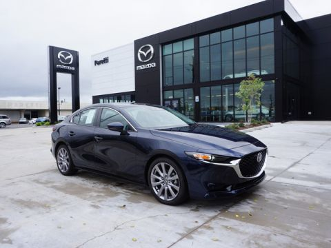 Certified Pre-Owned 2019 Mazda3 FWD w/Select Pkg